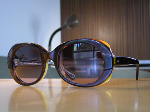 Oliver Goldsmith QOM カラー:LightHom
