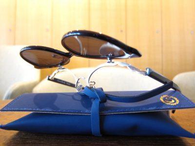 おしゃれな女性のサングラスは跳ね上げる!Seacret Remedy  Julie & Dorothy