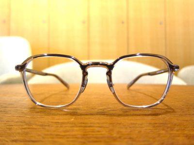 さわやかな印象になれるメガネ YELLOWS PLUS
