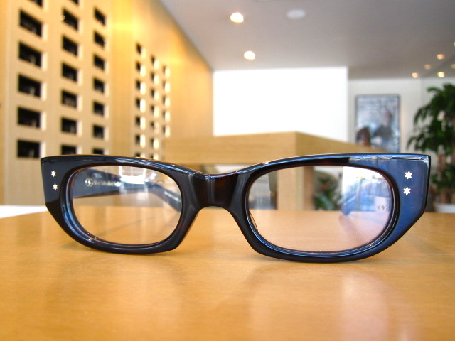 Oliver Goldsmith SOPHIA-f ¥32,000+税