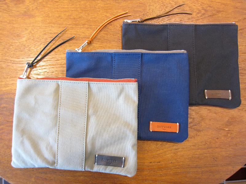 Versatile canvas pouch 6,300円+税